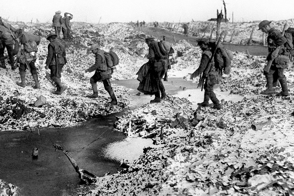 poets different views on world war i In contrast to the romantic world view  and later between different cultural groups leading up to the first world war, imagist poetry was dominating the.